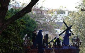 El Cristo de la Misión el Viernes de Dolores. Foto: Pepe Ortega